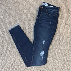 hollister//women's jeans//low rise super skinny